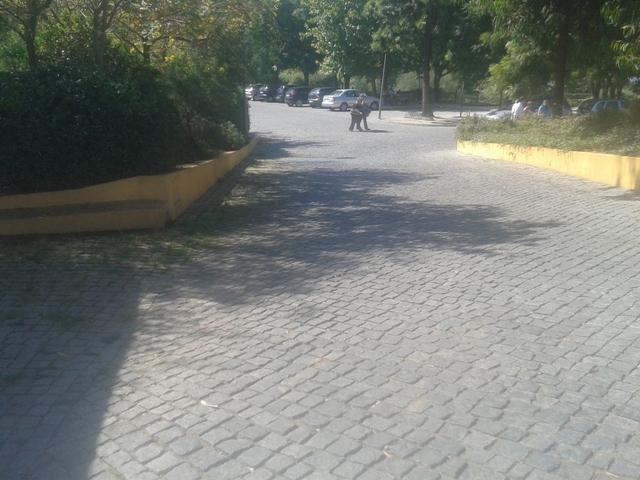 entrada para a zona de estacionamento