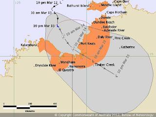System 96P vor Nordaustralien wird voraussichtlich zu Zyklon MITCHELL, Mitchell, Australien, Australische Zyklonsaison, 2012, März, aktuell, Vorhersage Forecast Prognose, Verlauf, Zugbahn, Kalumburu, Wyndham, Port Keats, Daily River, Adelaide River, Batchelor, Dundee Beach, Darwin, Bathurst Island, Melville Island