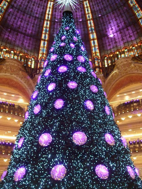 Christmas Tree at La Galeries Lafayette