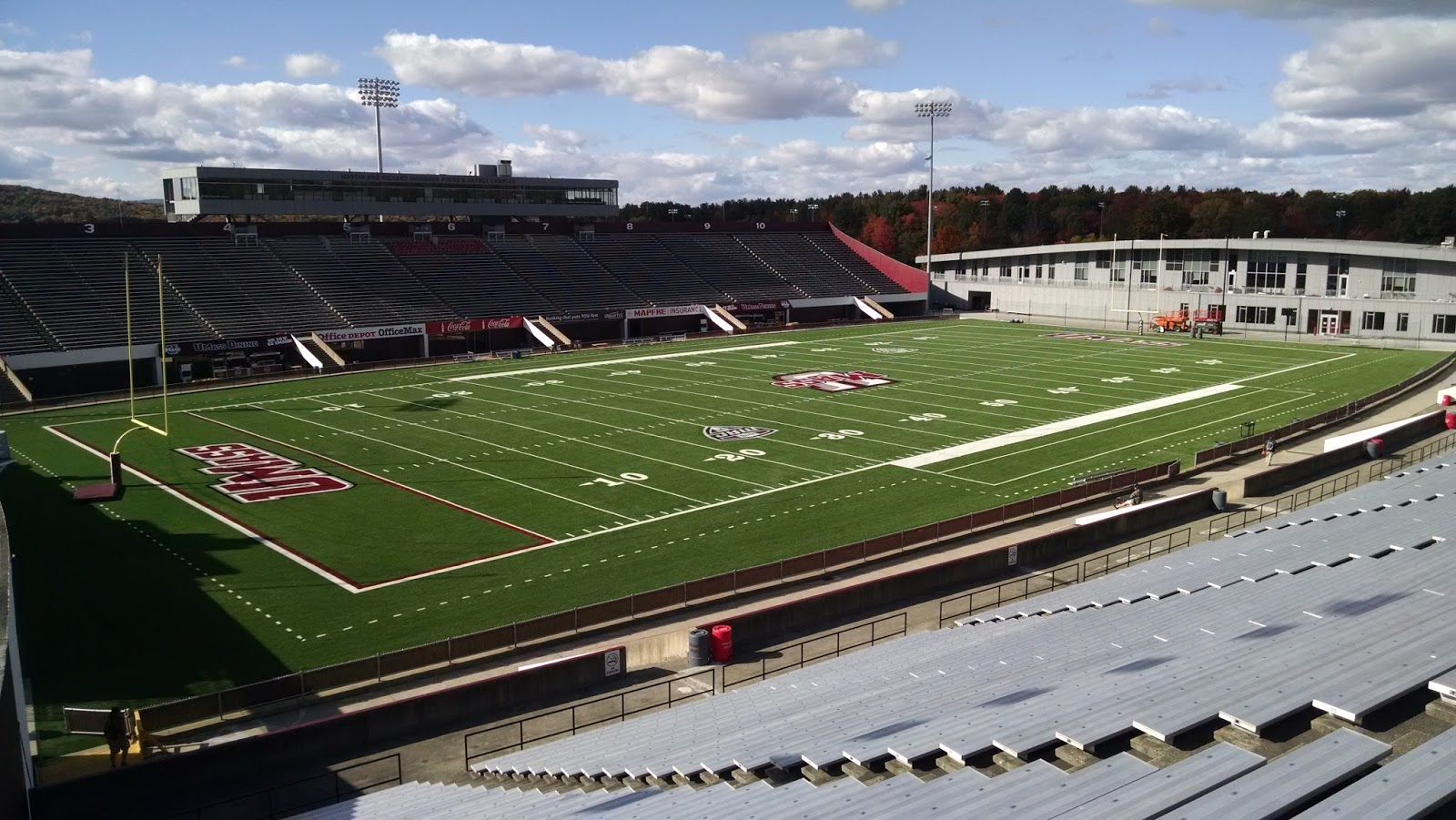 Umass Football Stadium