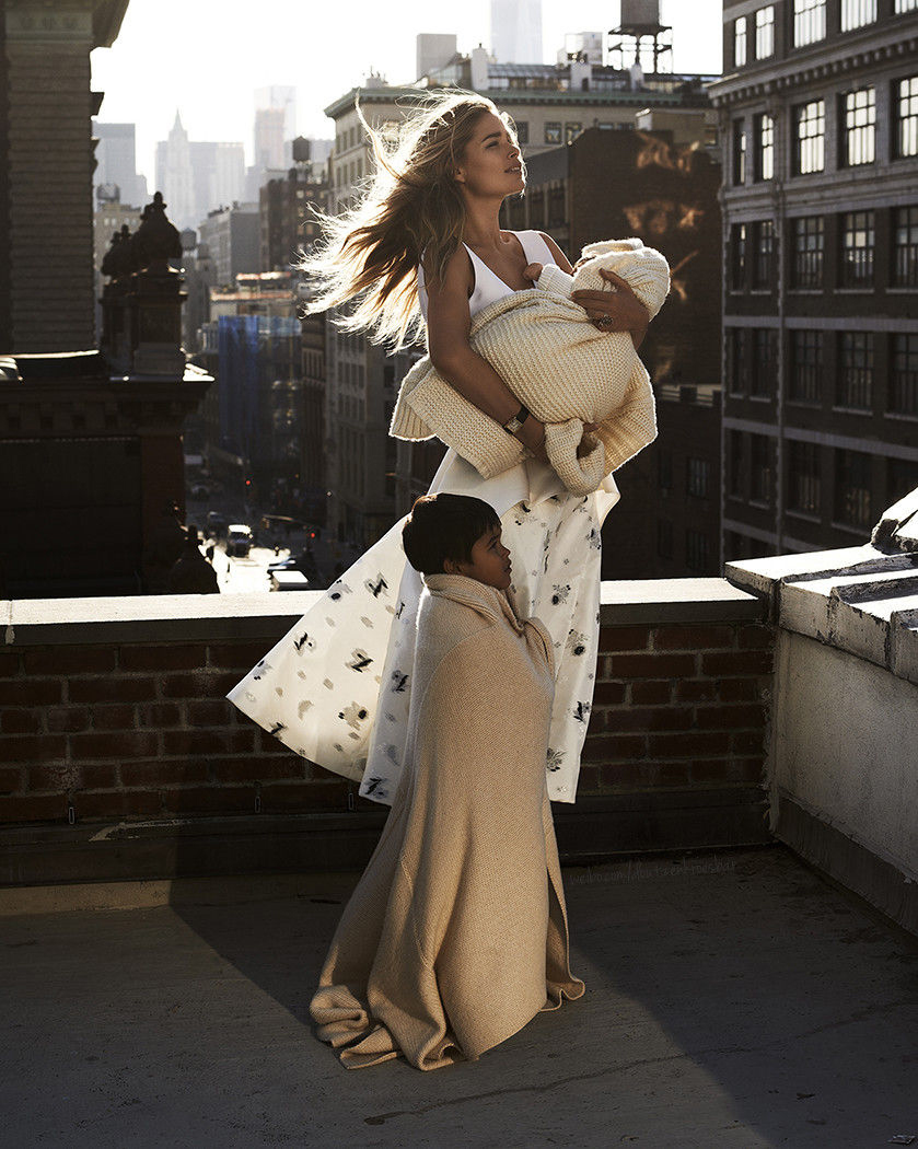 Doutzen, Myllena & Phyllon photographed by Paul Bellaart for Vogue Netherlands March 2015 / baby girl, mother & daughter fashion editorials / models & their children / via fashioned by love british fashion blog