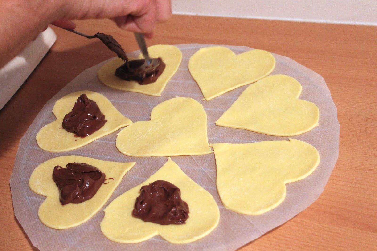 Exceptionnel A manger et à voir: Coeur d'amour feuilleté au nutella (vidéo) PH65