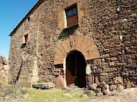 Façana principal de la Perera