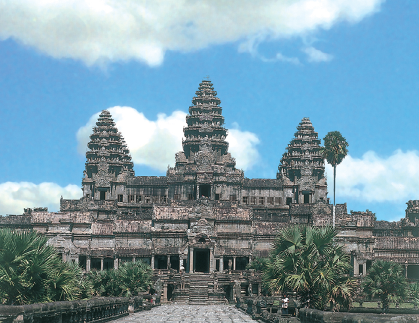 world biggest hindu temple angkor wat cambodia the