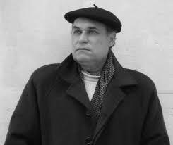 """"""" é do fado esta nostalgia pelas fontes a quebrar o silêncio dos poetas a passar"""" Luis Dantas"""