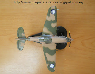 maqueta avión en miniatura marca Italeri escala 1:100 Curtiss P-40 Warhawk Flying Tiger