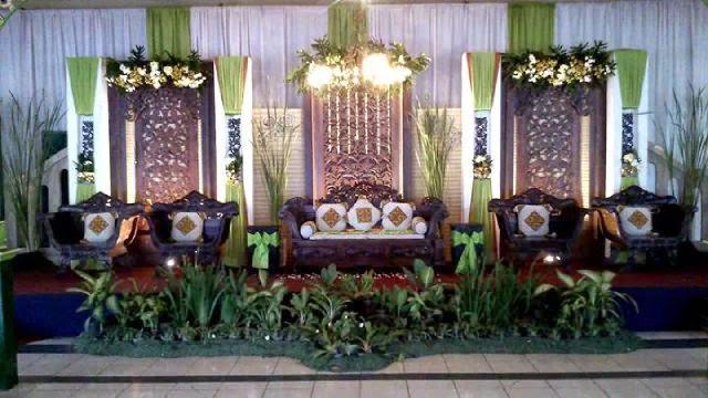 Dekorasi pelaminan kamar pengantin pernikahan catering dan for Dekorasi kamar pengantin di hotel