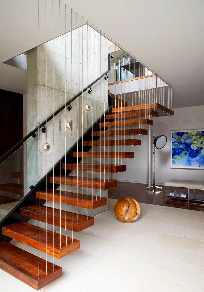 Casa arco arquitectura eficiente y sostenible maziar for Gradas de madera para exteriores