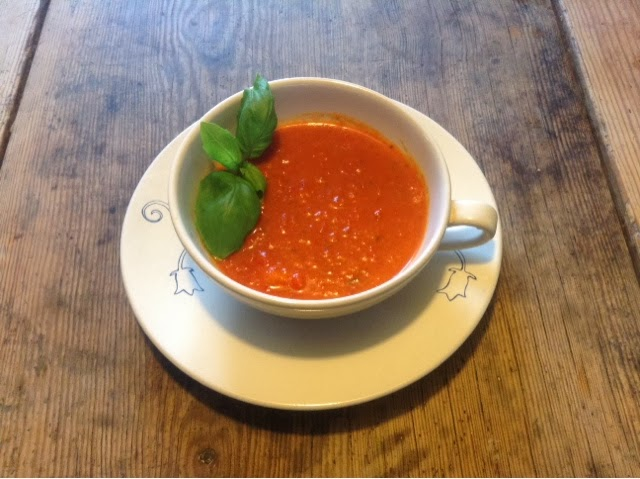 http://www.designstockholm.net/2013/11/savory-tomato-and-red-pepper-soup.html