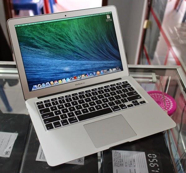 harga macbook air 6.2 second