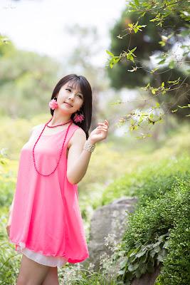 Lee Ji Woo Sexy Korean Race Queen Cute Pink Dress