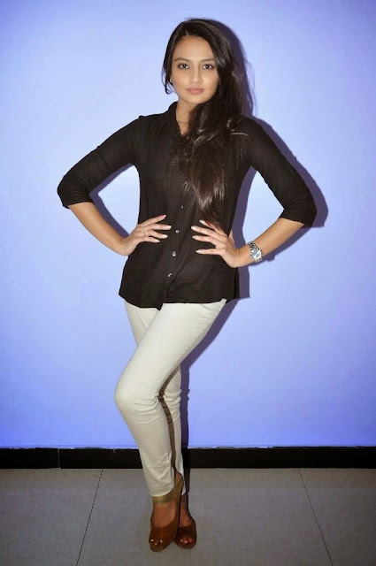 Actress Nikitha Narayan Picture Gallery in White Jeans at Ladies and Gentlemen Movie Preview Show 7.JPG