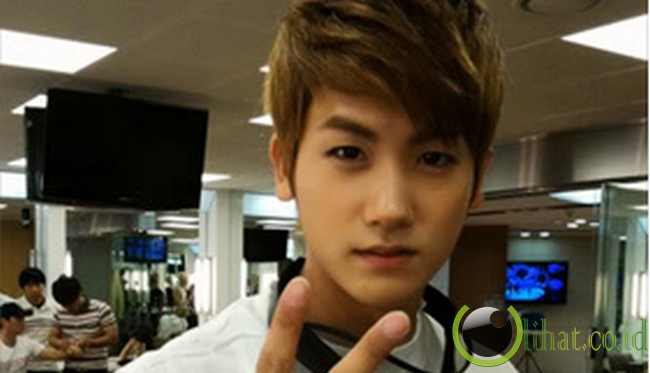 Hyungsik 'ZE:A'