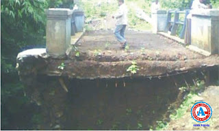 Konstruksi Jembatan PNPM Diduga Asal-Asalan