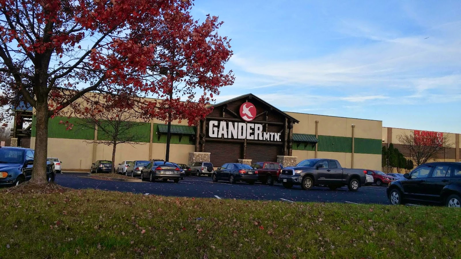 Gander mountain in woodbridge now open for Does walmart sell fishing license