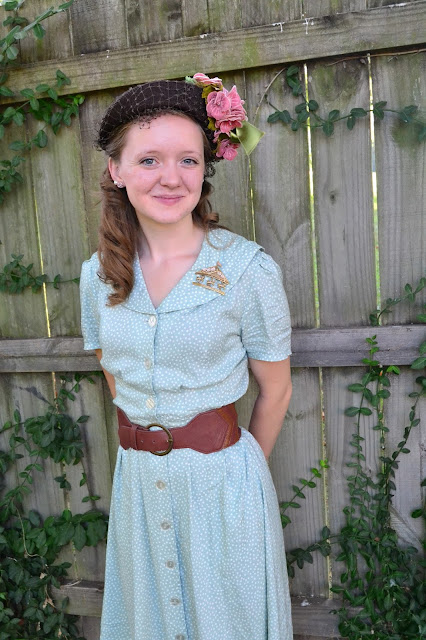 Flashback Summer: Softness - 1940s vintage fashion outfit