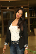 Sanjjana new glam pics-thumbnail-20