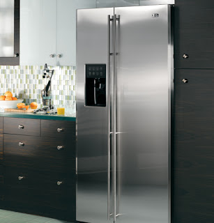 stainless-steel-fridge-photo