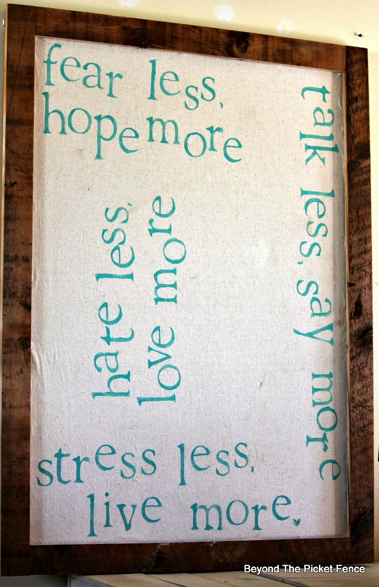 Less more inspirational bulletin board http://bec4-beyondthepicketfence.blogspot.com/2014/10/less-more-bulletin-board.html