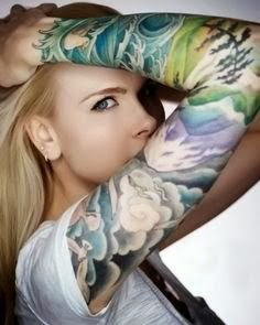 Amazing flowers sleeve tattoo for girs!