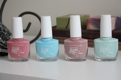 maybelline super stay nail polish in four shades on a dresser on francescasophia.co.uk