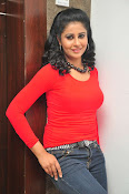 Anjana Menon stylish photos gallery-thumbnail-11