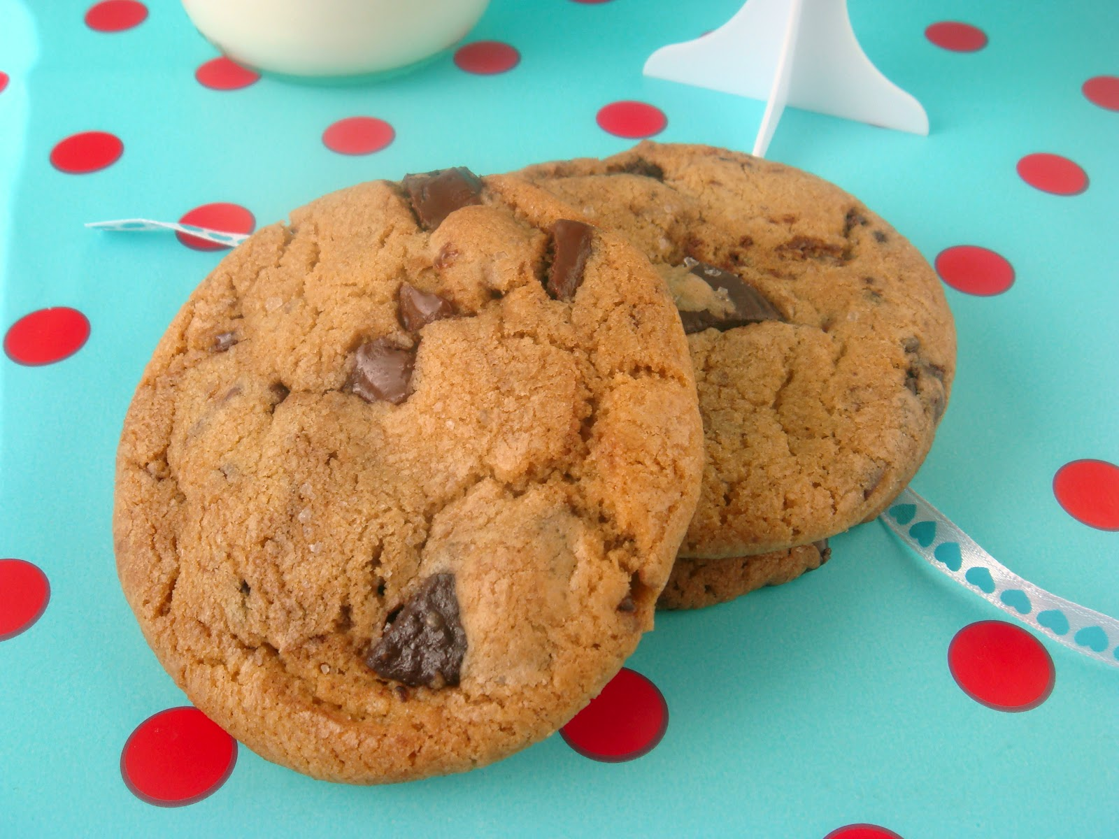 butter hearts sugar: Salted Brown Butter Choc-chip Cookies
