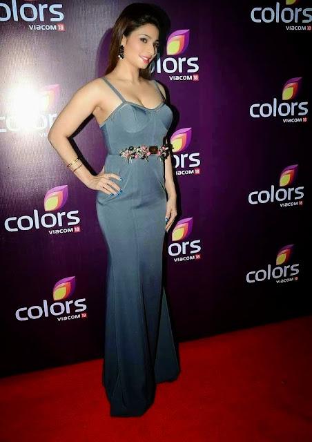 Tanisha Mukherjee Stills At Colors Leadership Awards 2015