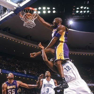 kobe bryant dunk. kobe bryant dunks on lebron.