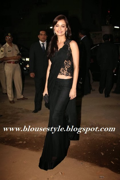 plain black saree with long length lace blouse