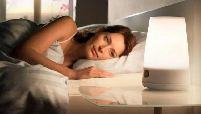 kesehatan tidur, bahaya nya tidur mengguankan lampu, tidur harus tanpa cahaya, efek tidur menggunakan cahaya lampu