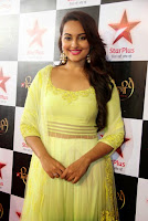 Sonakshi Sinha in Brilliant Lemon Color Gown at Star Plus Diwali TV Show
