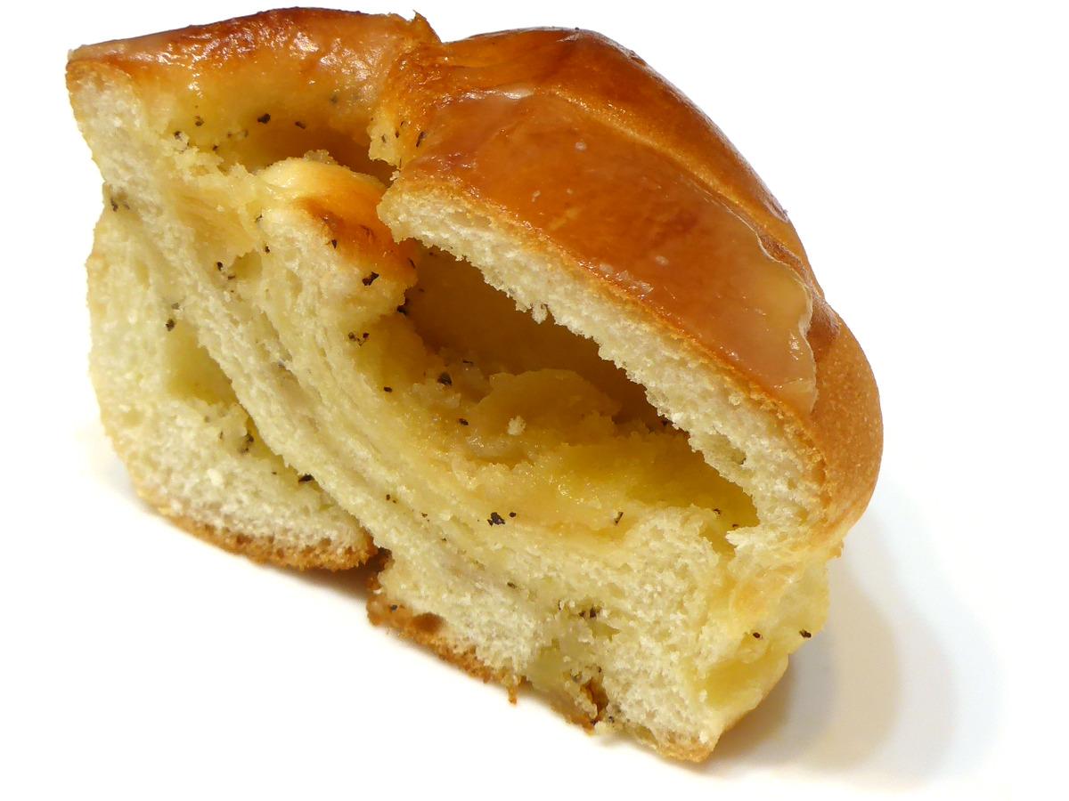 リンゴと紅茶(Apple & Tea Roll) | VIE DE FRANCE(ヴィ・ド・フランス)