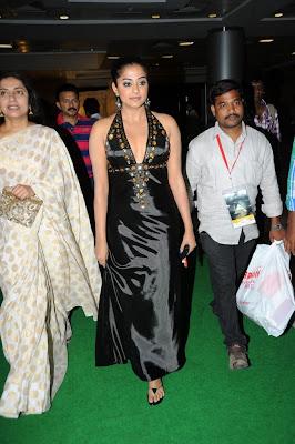 priyamani picture cinemaa awards actress pics