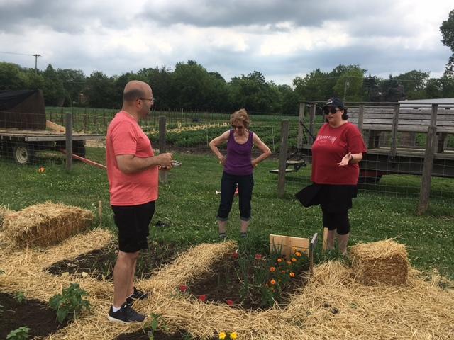 Jen Roberts Visits the Garden