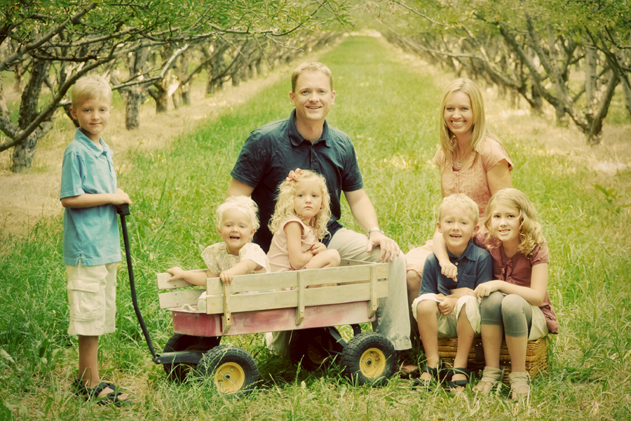 A utah county family photographer that knows the right location to fit the personality of the family can turn a family portrait into a keepsake
