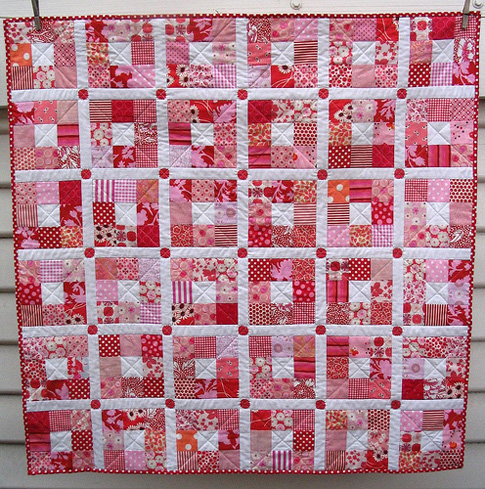 Red Pepper Quilts: Nine Patch Quilt - Strawberry Patches : red quilts - Adamdwight.com