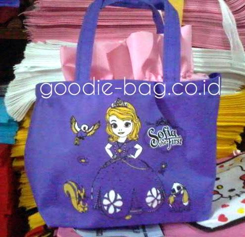 Goodie Bag Putri Sofia