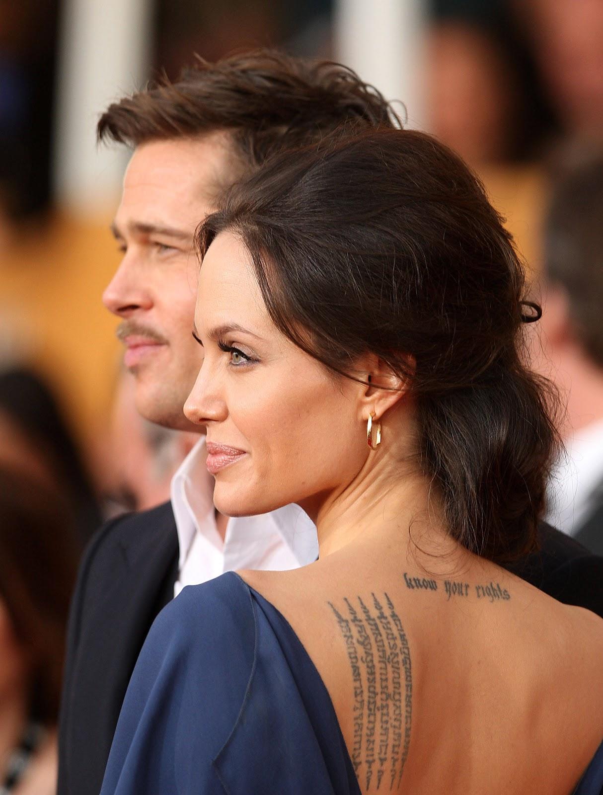http://2.bp.blogspot.com/-9h4j59QrI6o/UGP-tTEH5nI/AAAAAAAAATI/fEDLZfWpZ9w/s1600/2-angelina-jolie-neck-tattoo.jpg