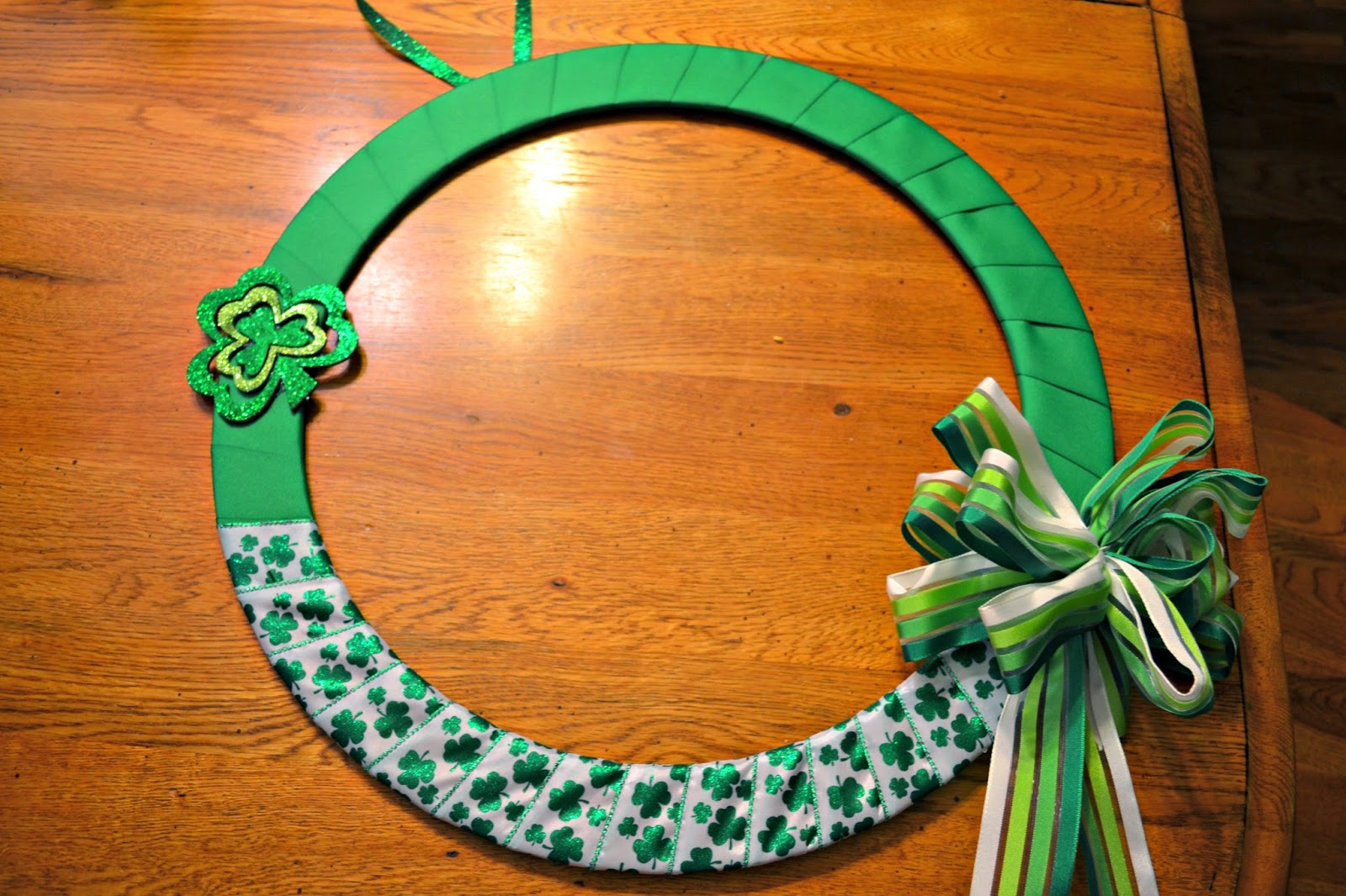 DIY St. Patrick's Day Door Wreath