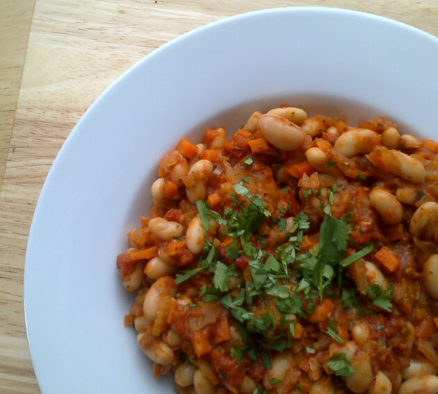 Rocket and Roses Vegan Kitchen: Cannellini Beans in Tomato ...