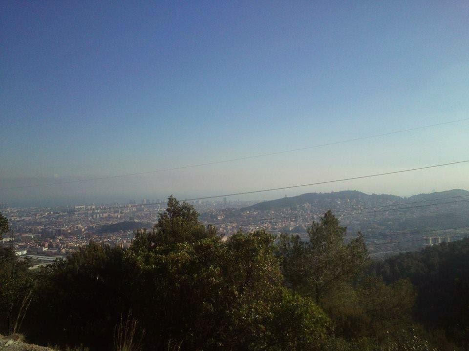Cara oriental de Collserola. Vistas de la ciudad de Barcelona. [Foto: Alberto Prieto Martín]