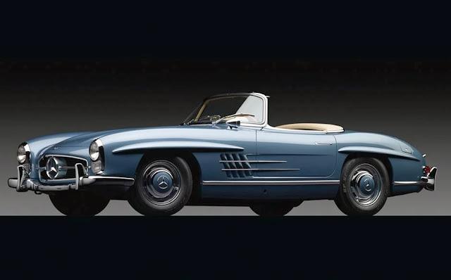 1960 Mercedes 300 SL Roadster се продава за $ 1,650 милиона