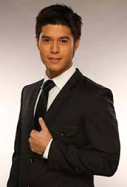 What is the height of JC de Vera?