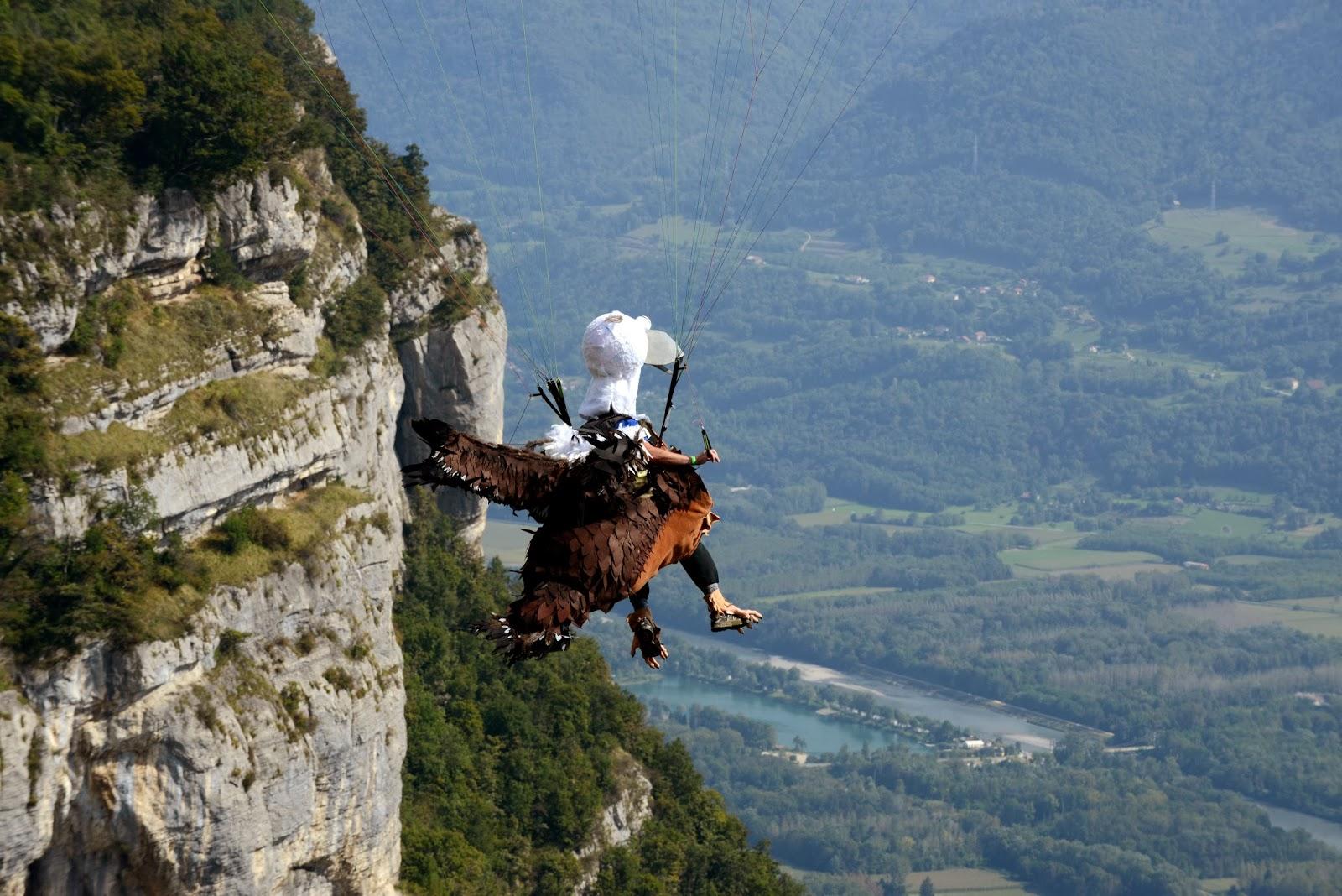 Air balloons, Competition, Contest, Coupe Icare, Festival, France, Icare cup 2013, Icare Festival, Icarus Cup, Masquerade Flight, Offbeat, Para-glider, Saint-Hilaire, Saint-Hilaire-du-Touvet, Tourism, Tourist,