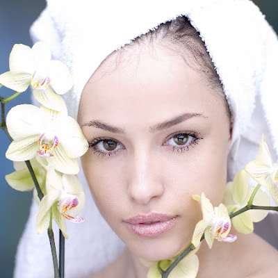 Natural beauty cosmetics enhance your natural beauty