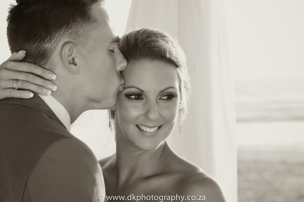 DK Photography _DSC6833-2 Wynand & Megan's Wedding in Lagoon Beach Hotel  Cape Town Wedding photographer