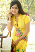 Madhumitha photos in yellow-thumbnail-7