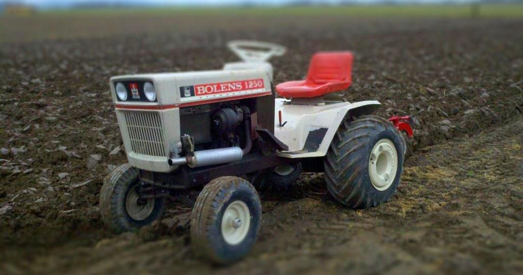 Toy Tractors For Sale >> Husky Large Frames: Toy Bolens