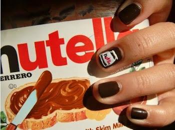 Nutella me da obseción y placer, tu me das asco y mal estar.